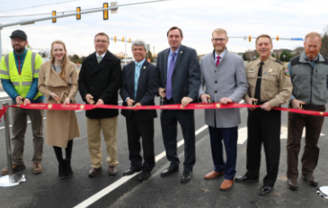 Photo of Claiborne Parkway Ribbon Cutting