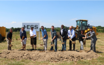 Photo of groundbreaking ceremony for Hal and Berni Hanson Regional Park